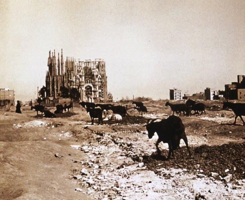 La Sagrada Familia nel 1915