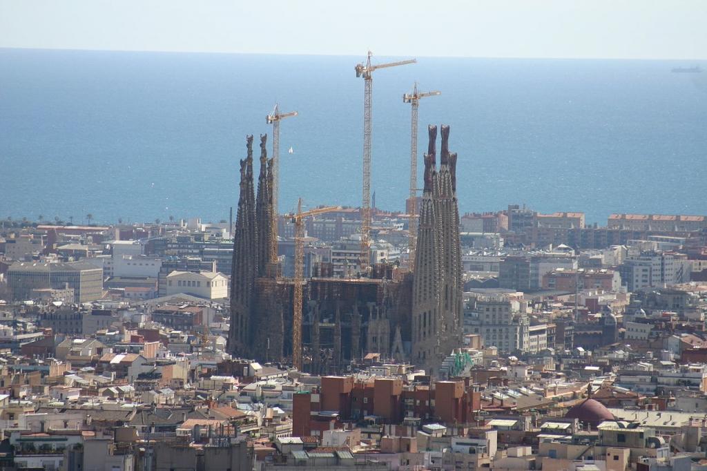 Vista della Cattedrale da Park Guell